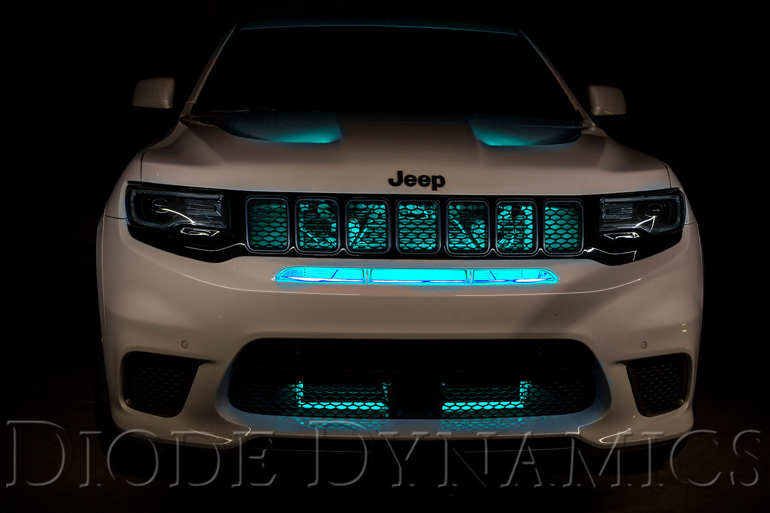 Jeep Grand Cherokee Trackhawk Led Lighting Upgrades Diode Dynamics 2014 Camaro Fog Light Wire Harness Multicolor Grille Kit Cyan Blue